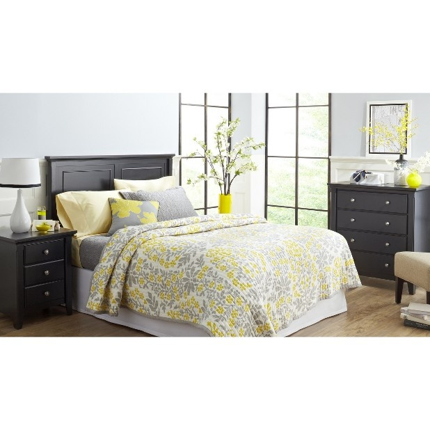 Bedding sadi pinterest Gray and yellow bedroom