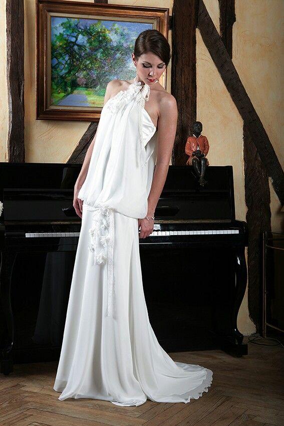 Bohème superbe... ...  robe et coiffure de mariée  Pinterest