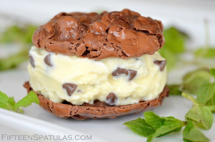 Mint Chip Gelato Ice Cream Sandwiches | Recipe