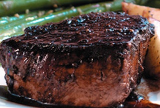 Filet Mignon with Rich Balsamic Glaze | Yummy! | Pinterest