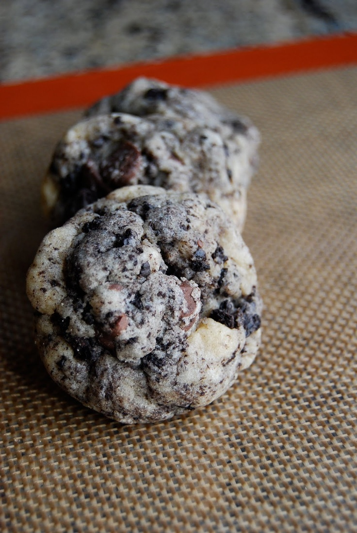 Lovin' From The Oven:Chocolate Chip Oreo Cookies - Lovin' From The ...