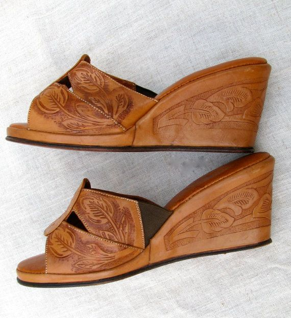 Tooled Leather Wedge Sandals // 1940s style // 6.5 // Mexico. $35.00
