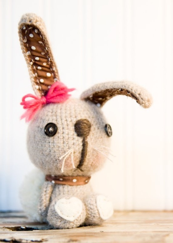 Lue and Sue: New Rabbit ( No pattern, just for inspiration).
