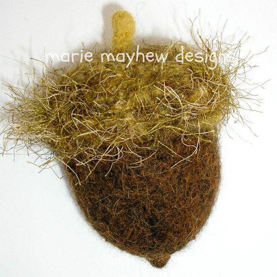 Knitting Pattern Oak Leaf : PATTERN-BOOKLET. A Knit & Felt Wool Acorn and Oak Leaf Pattern
