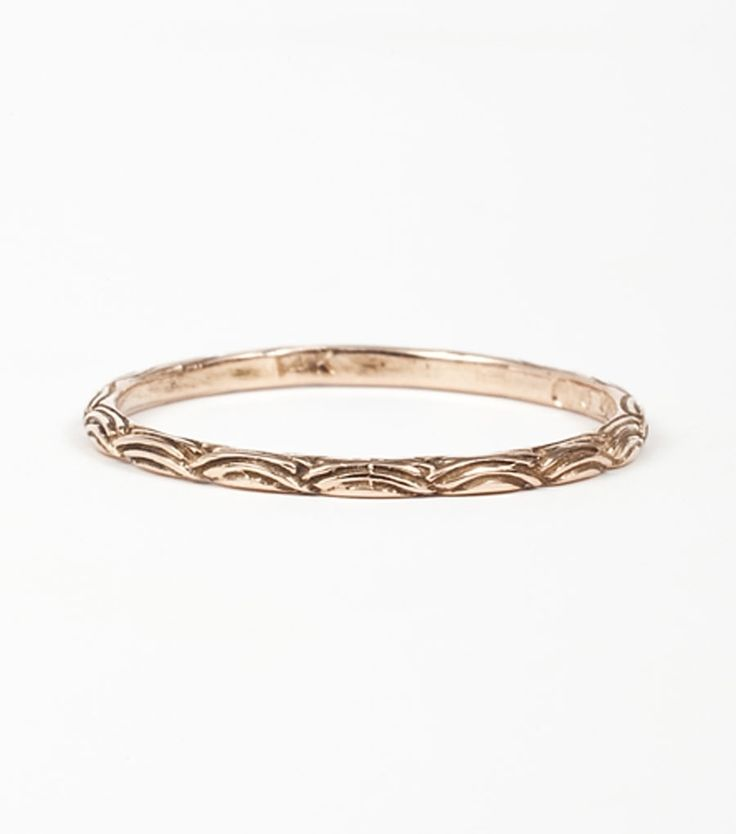Add texture to your wedding band with @Digbyandiona's Wave Band. Available at www.catbirdnyc.com.