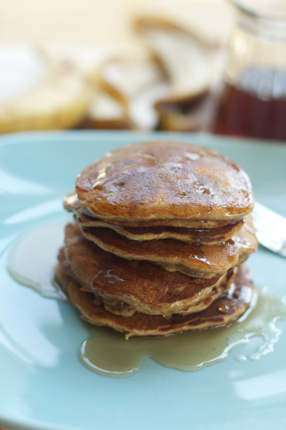 Healthy Honey Banana Spelt Pancakes...made these and they are so good!
