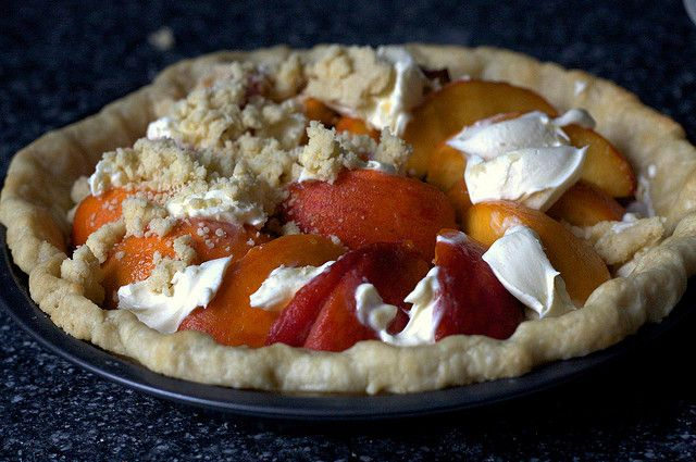 peach and crème fraîche #pie | Pie | Pinterest