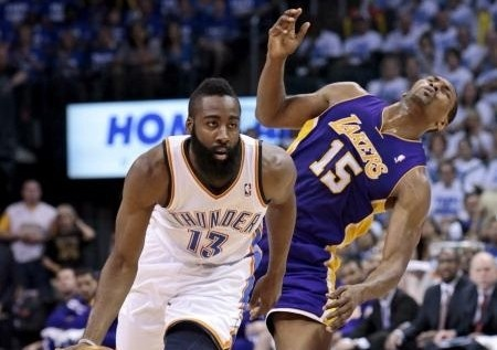 Metta world peace takes another shot at james harden on twitter