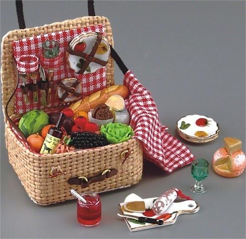 Miniature Picnic Basket Vignette