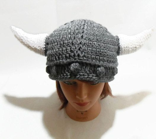 Great Cosplay hat! Crochet Cabled Horned Viking Beanie Hat in Grey by ...