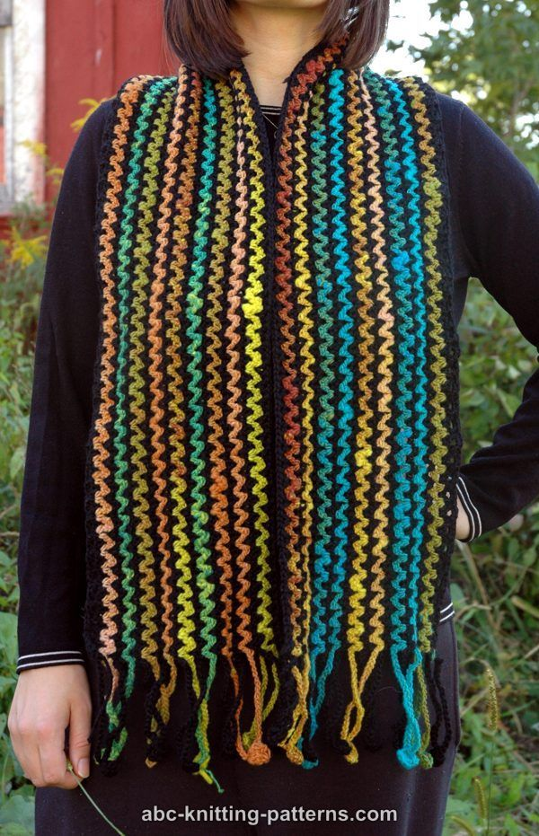 Crochet Scarf Patterns Zigzag : Zig-Zag Scarf with Crocheted Fringe Crochet: Scarves, Cowls, Shawls ...