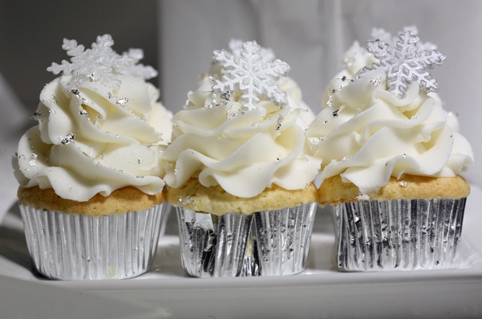 cupcake winter wonderland my christmas sweet tables