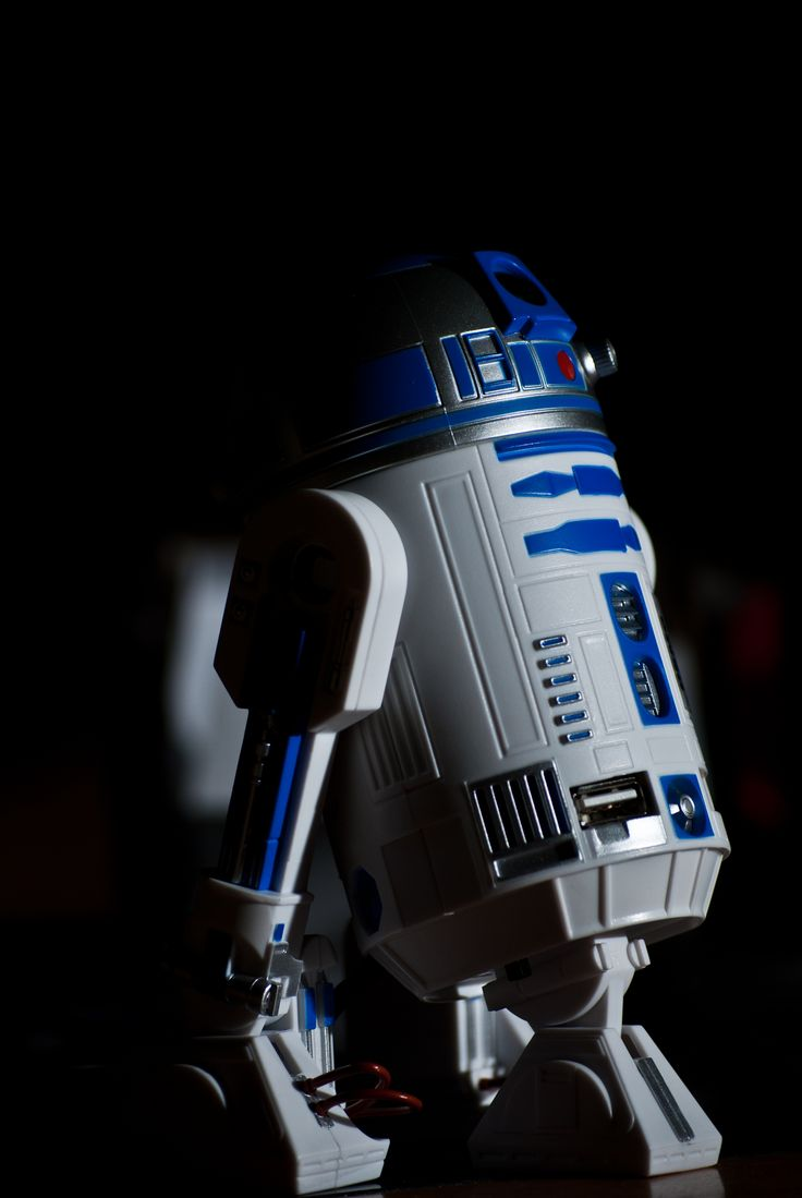 R2 D2 With Black Background R2 D2 Pinterest