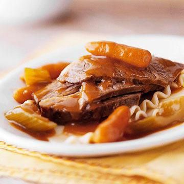 ... slow cooker recipes http www midwestliving com food beef slow cooker