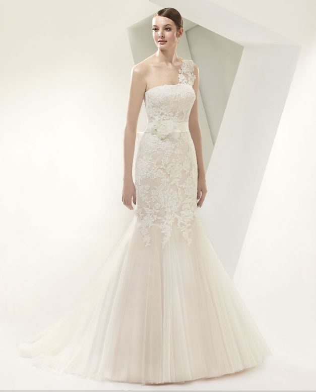 Happily ever after bridal boutique beautiful by enzoani for Ever after wedding dress