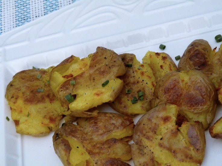 Crispy Smashed Potatoes | Sides | Pinterest