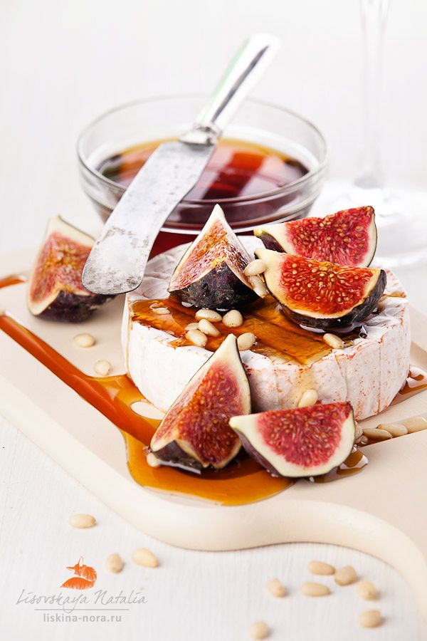 cheese and fresh figs with honey | Food Styling | Pinterest