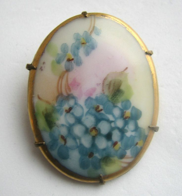 forget-me-nots pin