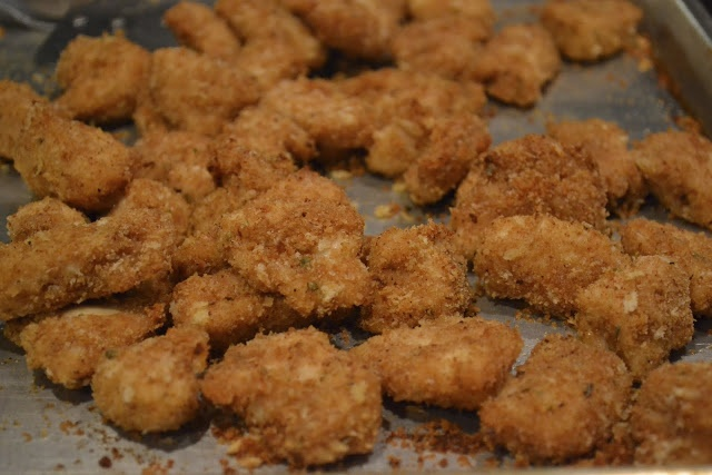 Healthy Baked Chicken Nuggets | weight watchers | Pinterest