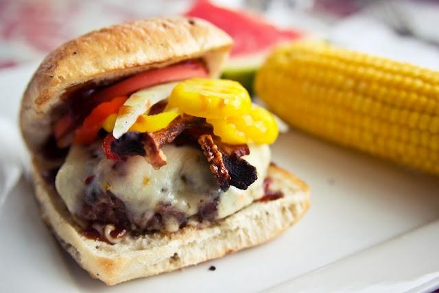 bacon bbq burgers   Recipes   Main Dishes   Pinterest