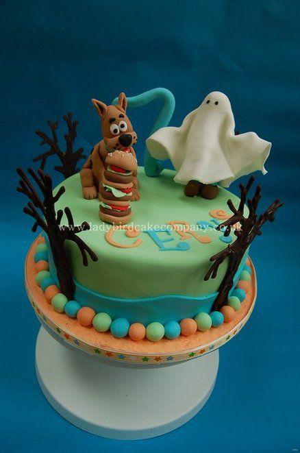 Scooby Doo cake - by Liz, Ladybird Cake Company @ CakesDecor.com - cake decorating website