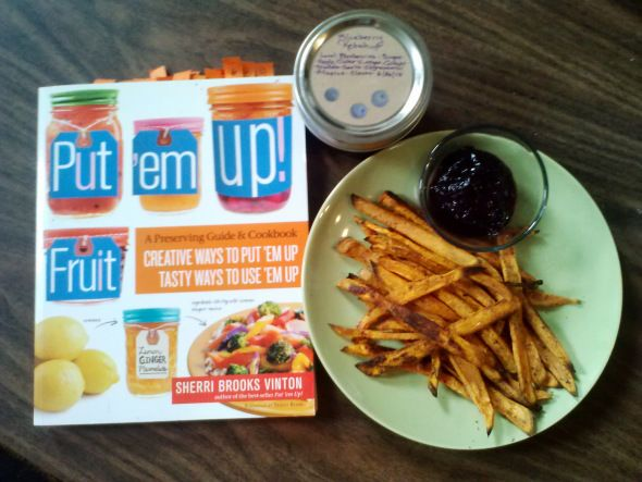 FSC Book Club Sweet Potato Fries with Blueberry Ketchup #fscbookclub