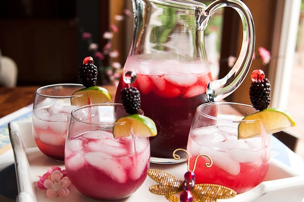 blackberry limeade cocktail (non-alcoholic) -- use my own berries once ...