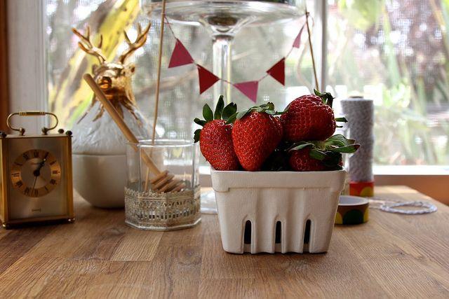 ... Raspberry Vanilla Quick Jam & Roasted Strawberry Buttermilk Cake