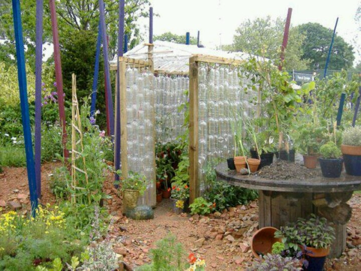 Recycling garden ideas pinterest for Recycled garden ideas pinterest