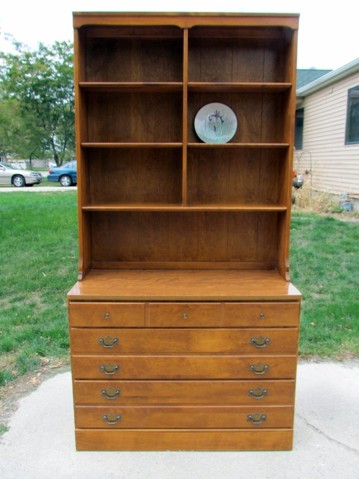 Ethan Allen Hutch sideboard/changing table - $150 (Waterloo IA )