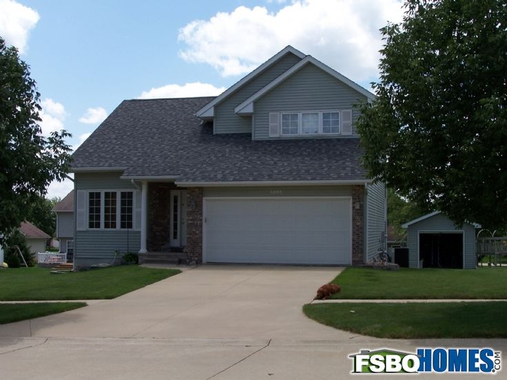 Former Model Home With Open Floor Plan And Vaulted Ceilings Newly