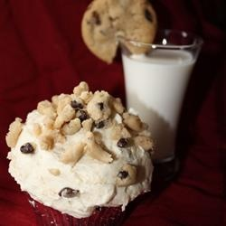 chocolate chip cookie dough cupcake the best cupcake ever