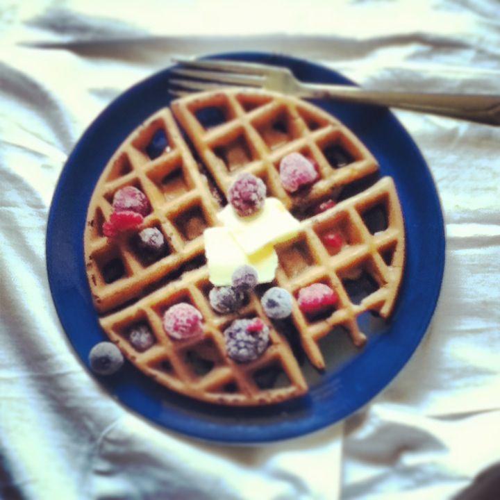 Gluten-Free Sourdough Blueberry Waffles}