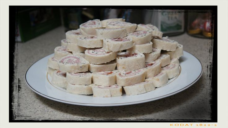 Tortilla, Ham, and Cream Cheese Roll Ups | Tutorials from My Blog | P ...