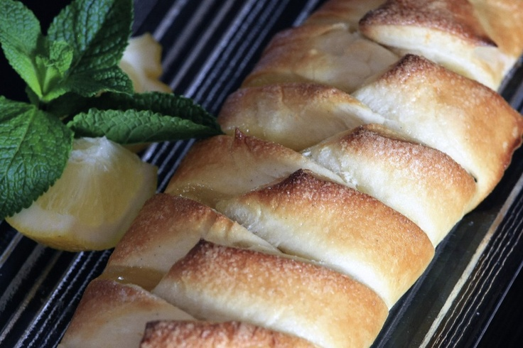 braided lemon danish bread... perfect for easter brunch