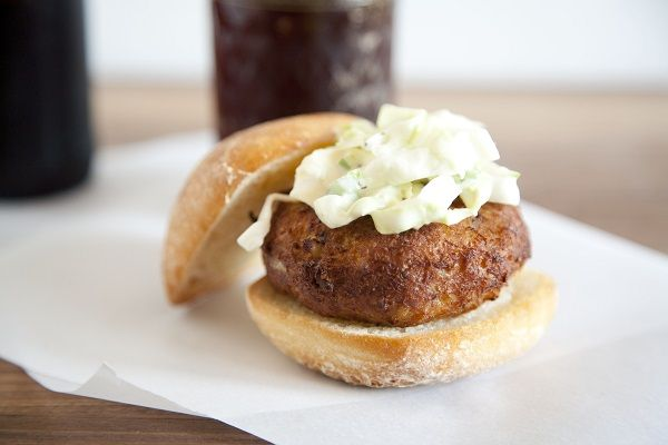 maryland crab cakes / a thousand threads | From the Sea | Pinterest