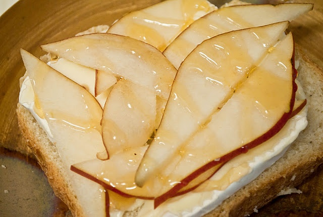 grown up grilled cheese- brie, pears & honey. yum.