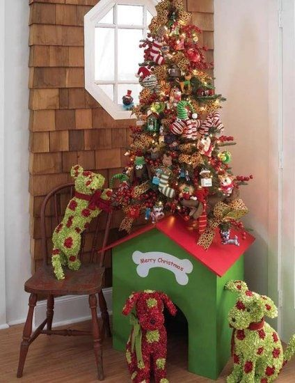 Christmas Tree Decorations For Dogs : Doghouse christmas tree
