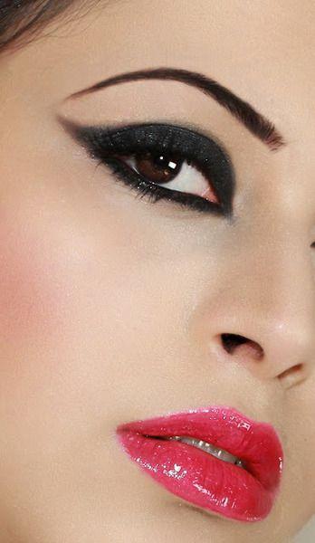 Red Lips .. Black Wings