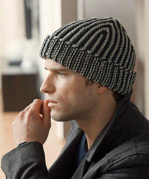 Вязание шапок спицами для мужчин модные модели 2018 95