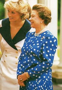 Queen Elizabeth And Princess Diana British Royalty