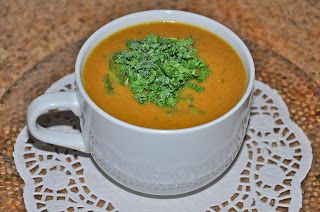 Shawna's Food and Recipe Blog: Ginger Kale Yellow Split Pea Soup