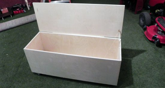 How to Build a Toy Box | Craft projects | Pinterest