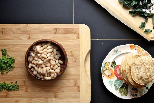Kale Coconut & White Bean Tostado | to eat | Pinterest