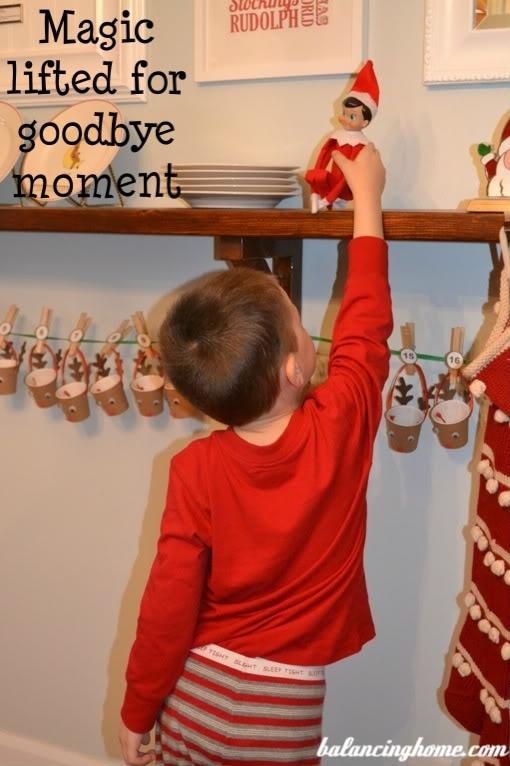 Omg luv this idea elf on the shelf ideas pinterest