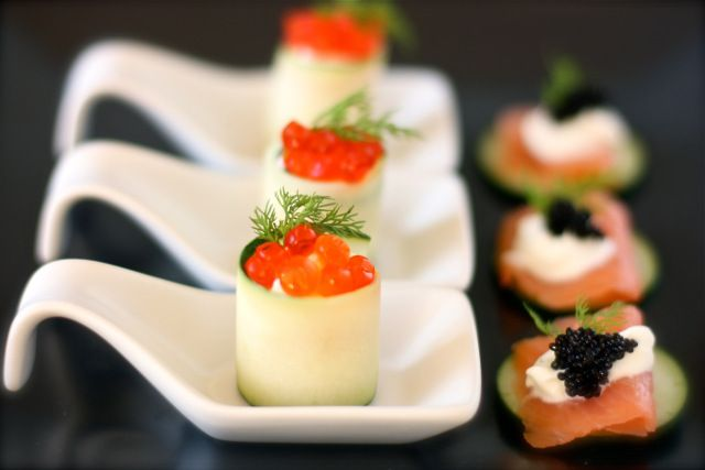 Smoked Salmon and Cucumber Rolls with Caviar | daisysworld.net