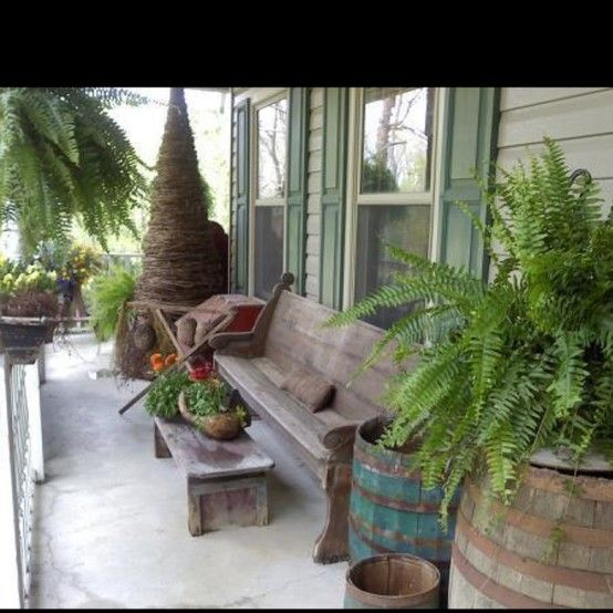 Love an old church pew on the porch : Outdoor Decor : Pinterest