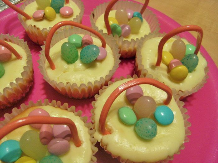 Easter Cheesecake Baskets | My Favorite Hobby | Pinterest