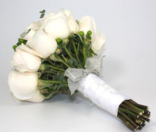 Сделать букет невесты из роз своими руками