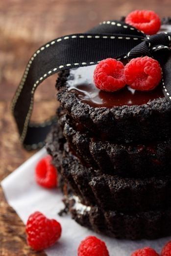 Chocolate Truffle Tarts | CHOCOLATE treats | Pinterest